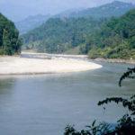 अरुण नदीमा माछा मार्ने क्रममा डुबेर मृत्यु