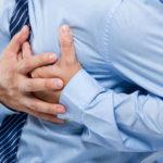 हृदयघात हुनुअघि देखिन्छन् यस्ता लक्षण